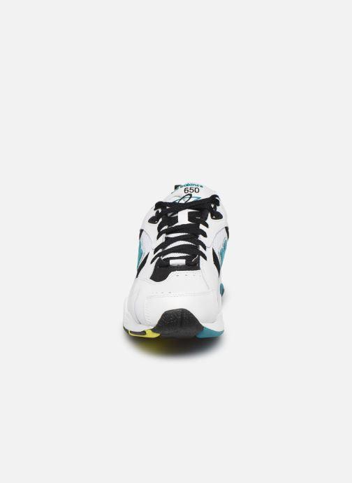 Sneakers New Balance ML650 D Bianco modello indossato