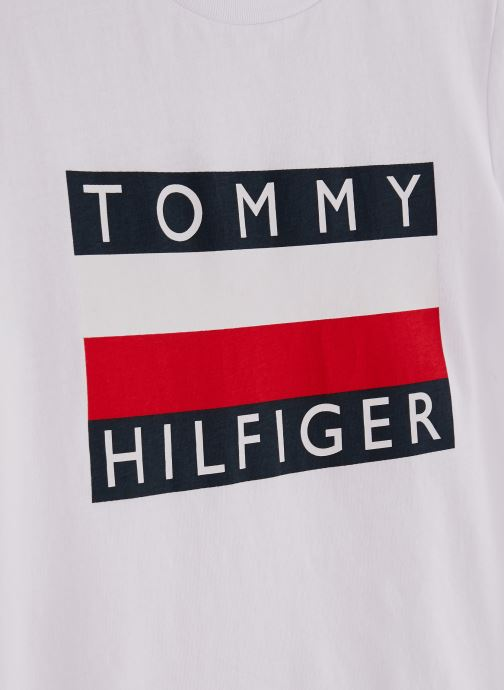 Vêtements Tommy Hilfiger T-shirt Essential Hilfiger Tee S/S KB0KB05547 Blanc vue portées chaussures