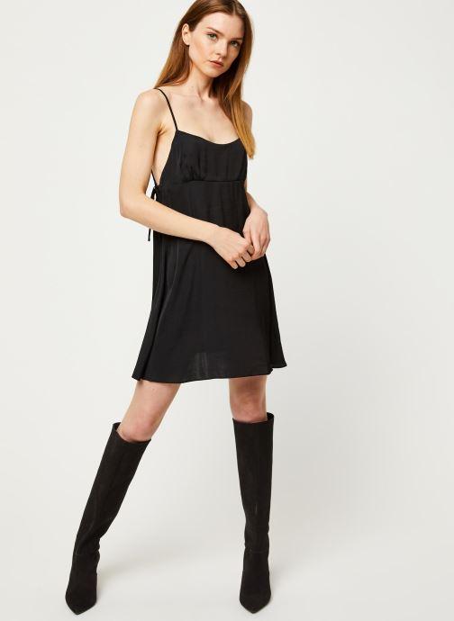Vêtements Free People SMOOTH SAILIN' MINI SLIP DRESS Noir vue bas / vue portée sac