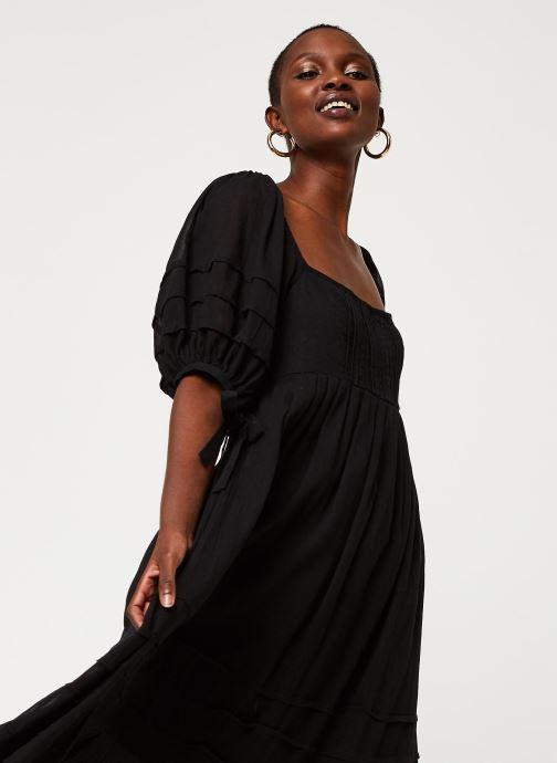 Vêtements Free People LETS BE FRIENDS MIDI DRESS Noir vue droite