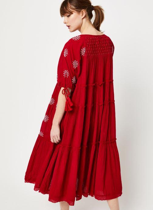 Vêtements Free People CELESTIAL SKIES MAXI DRESS Rouge vue portées chaussures