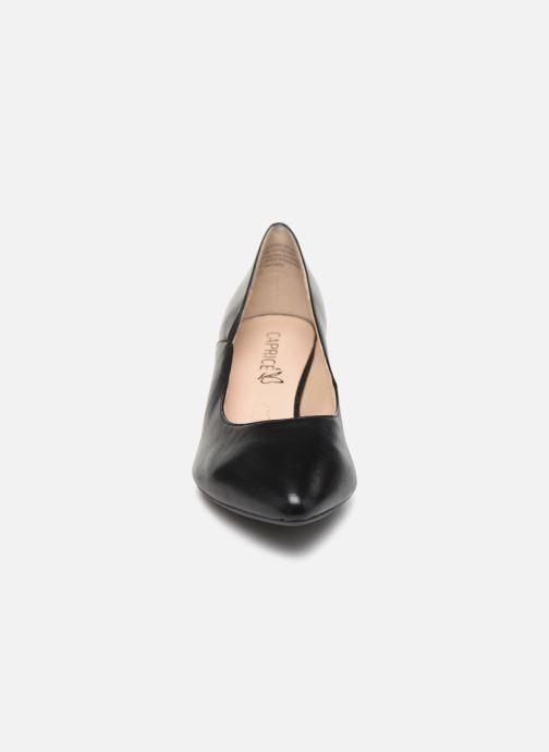 Zapatos de tacón Caprice Tao Negro vista del modelo