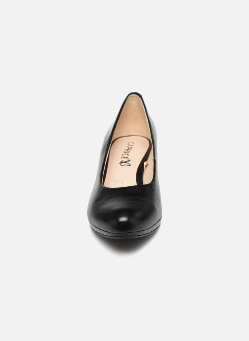 Zapatos de tacón Caprice Tanja Negro vista del modelo