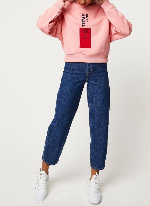 Vêtements Tommy Jeans TJW Vertical Logo Sweatshirt Rose vue bas / vue portée sac