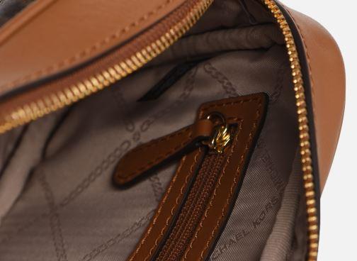 Borse Michael Michael Kors JET SET  CROSSBODY CAMERA BAG Marrone immagine posteriore