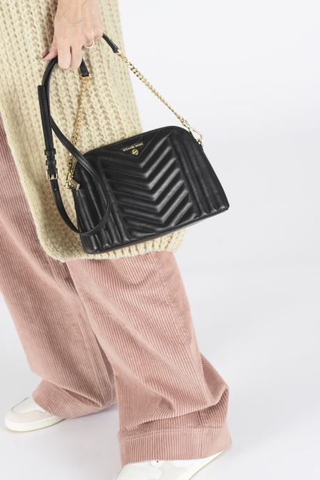 Handbags Michael Michael Kors JET SET CHARMS LG ZIP DOME CROSSBODY Black view from underneath / model view