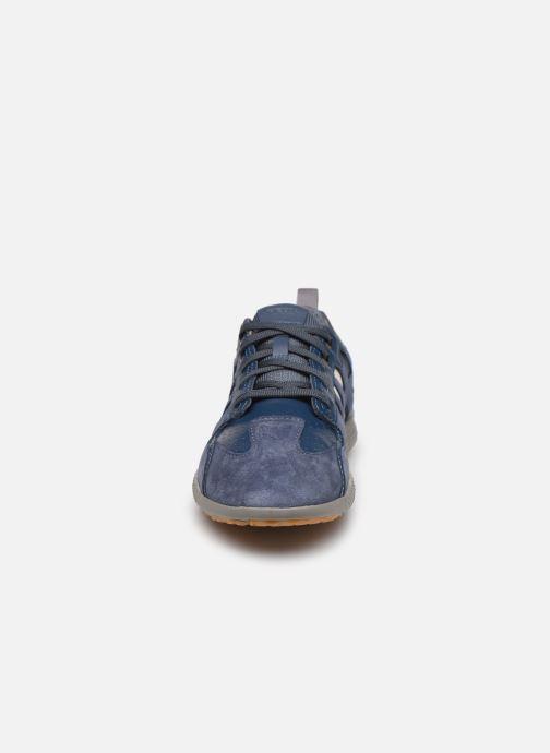 Baskets Geox U SNAKE.2 A U948DA Bleu vue portées chaussures