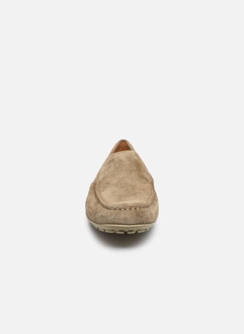 Mocassins Geox U MONER U1144V Beige vue portées chaussures