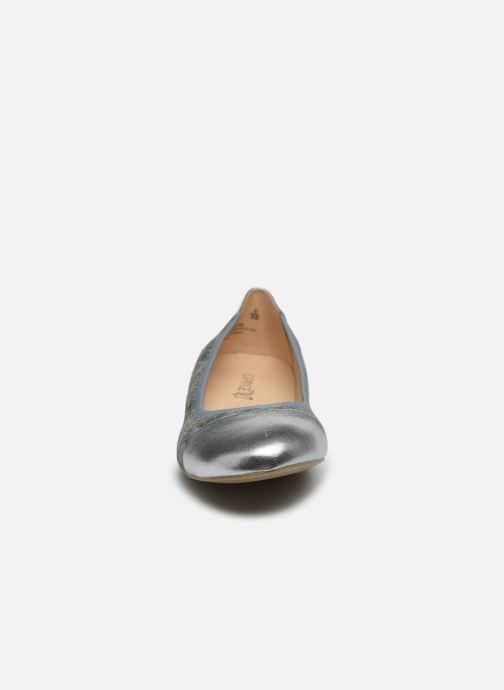 Ballerines Caprice Brivela Bleu vue portées chaussures