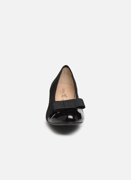 Zapatos de tacón Caprice Sansa Negro vista del modelo