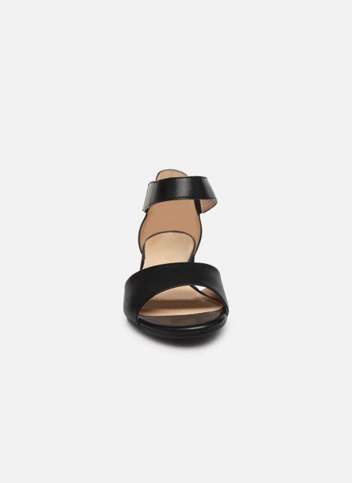 Sandales et nu-pieds Caprice Nara Noir vue portées chaussures