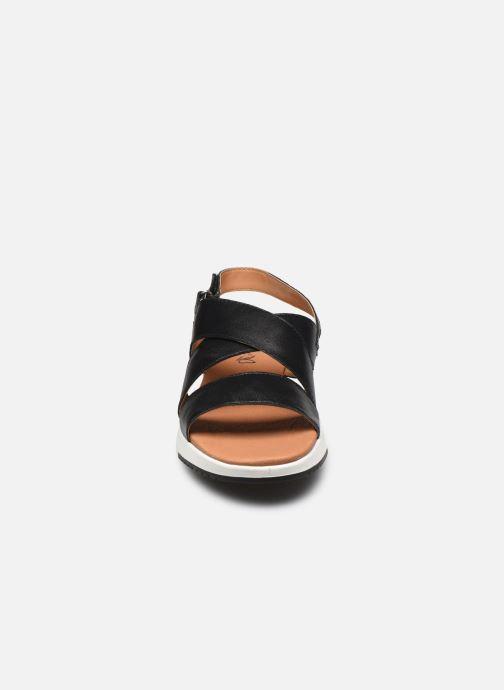 Sandales et nu-pieds Caprice Noor Noir vue portées chaussures