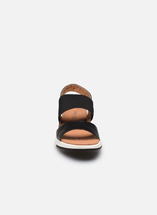 Sandales et nu-pieds Caprice Nova Noir vue portées chaussures