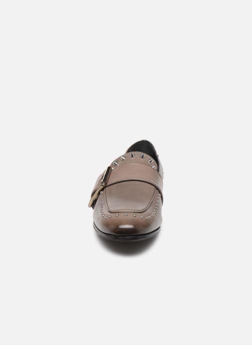 Mocassins Melvin & Hamilton Claire 18 Gris vue portées chaussures