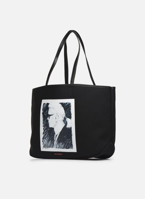 Bolsos de mano Karl Lagerfeld Karl Legend Canvas Tote Negro vista del modelo