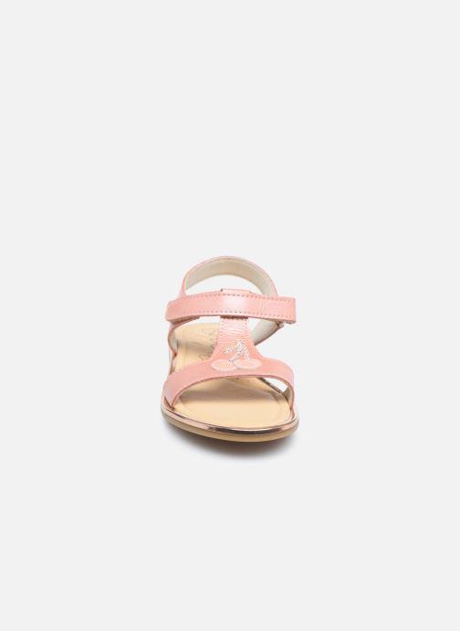 Sandalen Bopy Echerry rosa schuhe getragen