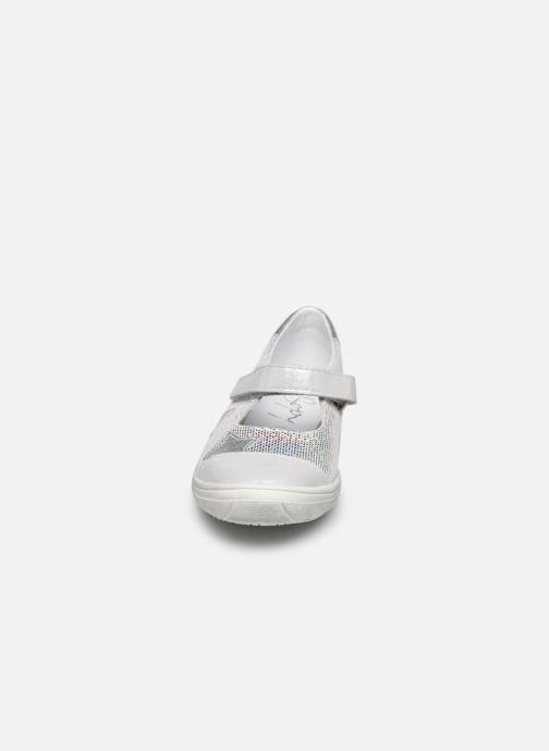 Ballerines Bopy Selene Argent vue portées chaussures