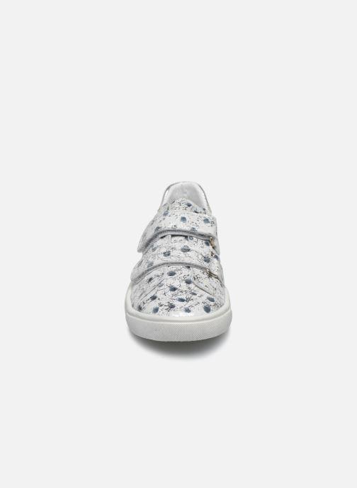 Sneakers Bopy Samaravel Bianco modello indossato