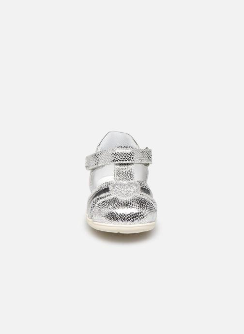 Sandales et nu-pieds Chicco Gigina Argent vue portées chaussures