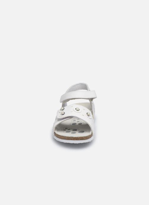 Sandalen Chicco Helena weiß schuhe getragen