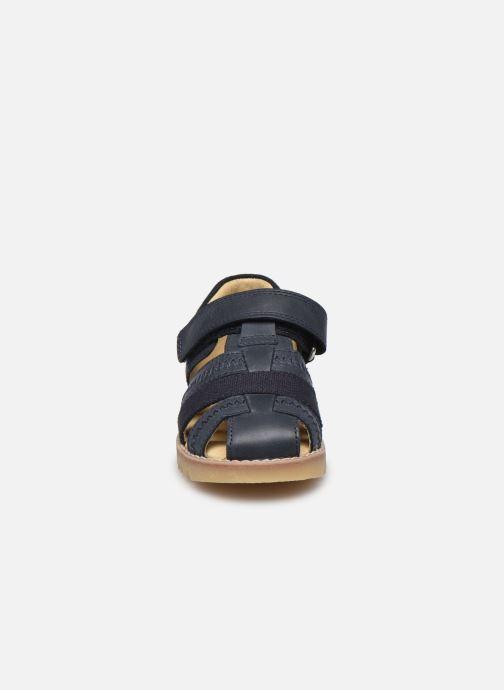 Sandali e scarpe aperte Start Rite Park Azzurro modello indossato