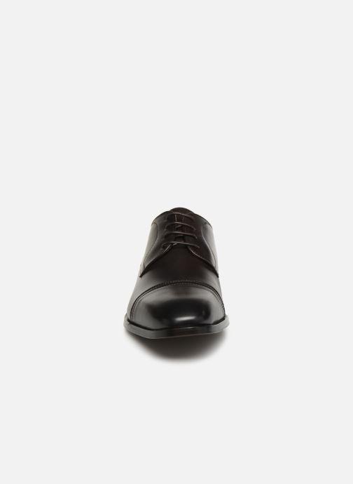 Lace-up shoes BOSS Lisbon Derb buct Brown model view