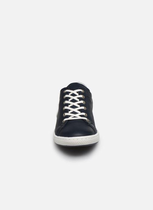 Baskets Pataugas JAYO F2E Bleu vue portées chaussures