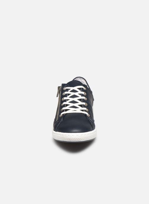 Sneakers Pataugas JESTER/N F2E Azzurro modello indossato