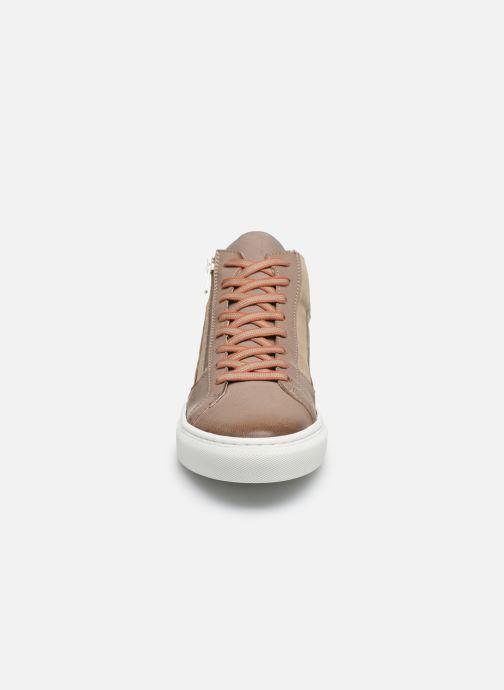 Baskets Pataugas ZEPHYR H2F Beige vue portées chaussures