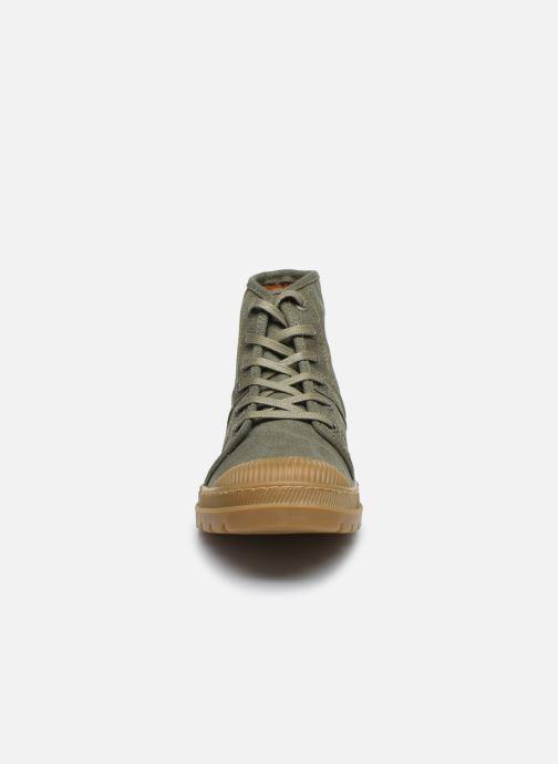 Baskets Pataugas AUTHENTIQUE/T H2E Vert vue portées chaussures