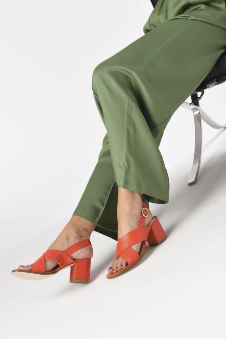 Sandalen Craie Infini Talon rot ansicht von unten / tasche getragen