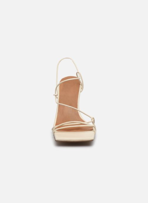 Sandales et nu-pieds Miista Sally Blanc vue portées chaussures