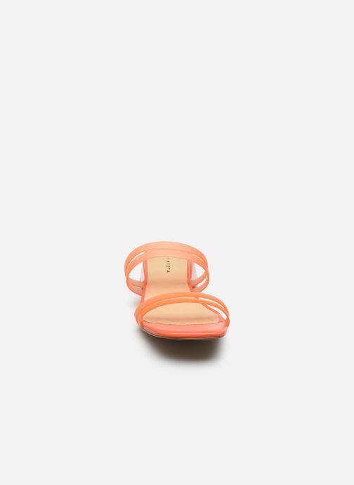 Mules et sabots E8 by Miista Hamuera Orange vue portées chaussures