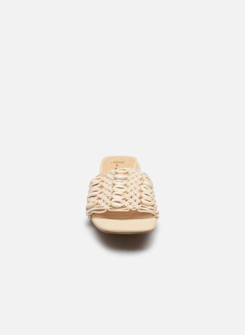 Clogs & Pantoletten E8 by Miista Paula beige schuhe getragen