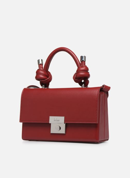 Sacs à main Behno Mary Bag Mini Nappa Rouge vue portées chaussures