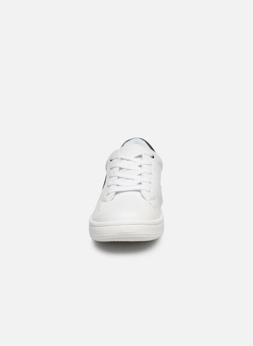Baskets Tommy Hilfiger Low Cut Lace-Up Sneaker Rayé Blanc vue portées chaussures