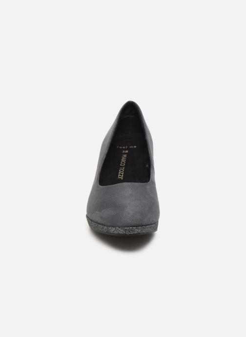 Zapatos de tacón Marco Tozzi 2-2-22409-33 Gris vista del modelo
