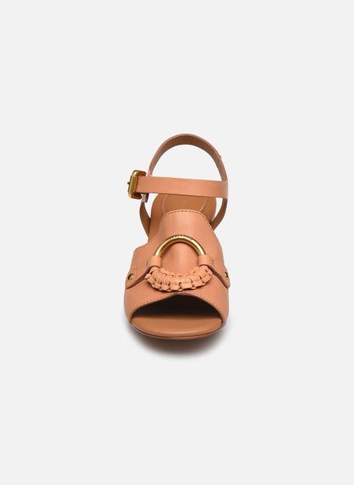 Sandali e scarpe aperte See by Chloé Hana Jarvis Marrone modello indossato
