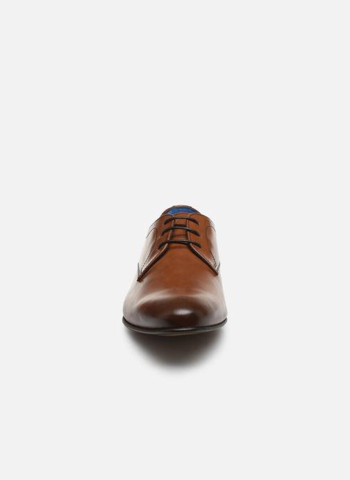Zapatos con cordones Azzaro CRISTAN Marrón vista del modelo