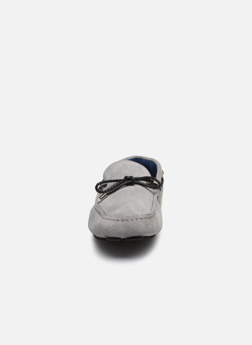 Mocassini Azzaro SMET Grigio modello indossato