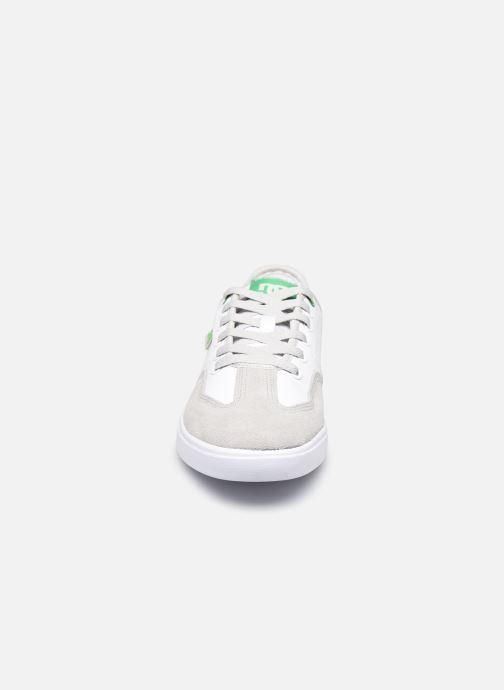 Baskets DC Shoes Vestrey Blanc vue portées chaussures