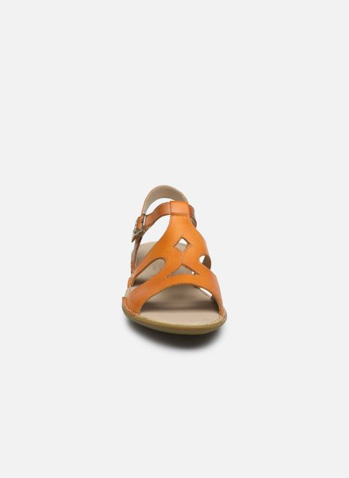 Sandales et nu-pieds Dorking Auda D8188 Orange vue portées chaussures