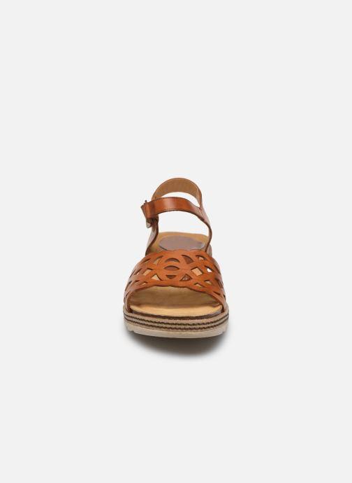 Sandales et nu-pieds Dorking Espe D8179 Marron vue portées chaussures