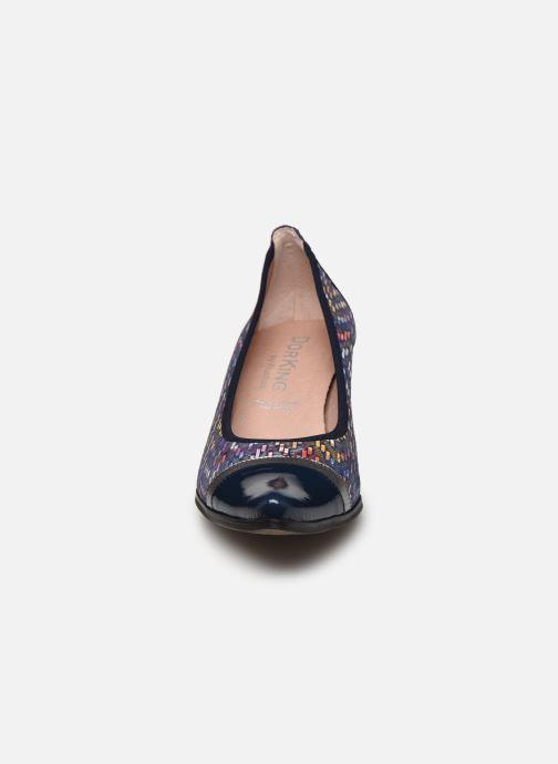 Escarpins Dorking Lea D8139 Bleu vue portées chaussures