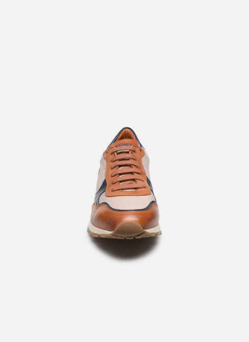 Baskets Kost HORACE 99 Marron vue portées chaussures