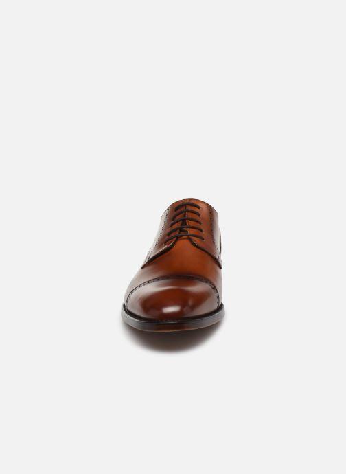 Scarpe con lacci Marvin&Co Luxe Cavendy - Cousu Goodyear Marrone modello indossato