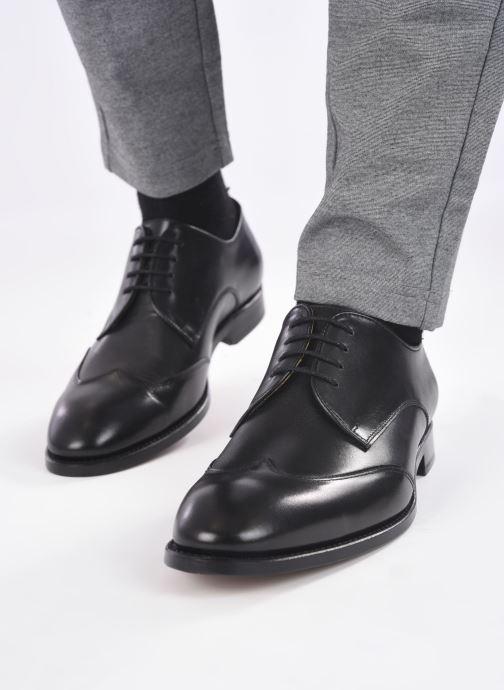Chaussures à lacets Marvin&Co Luxe Ceventy - Cousu Goodyear Noir vue bas / vue portée sac