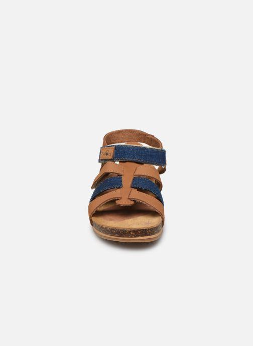 Sandales et nu-pieds Mod8 Styno Marron vue portées chaussures