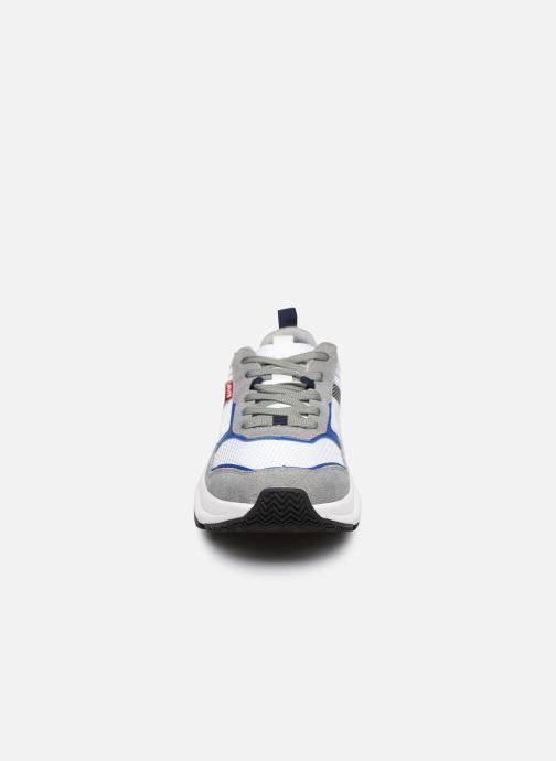 Baskets Levi's Eastman Blanc vue portées chaussures