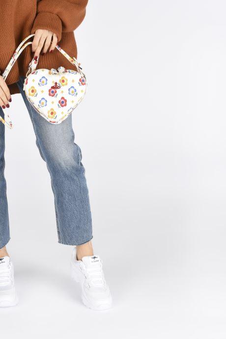 Sacs à main Vivienne Westwood Derby Heart Crossbody Bag Blanc vue bas / vue portée sac